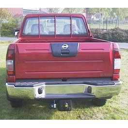 ATTELAGE NISSAN Pick-up double cab 2000-2005 - 4x4 inclus 2 WD - rotule equerre - attache remorque BRINK-THULE