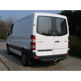 ATTELAGE Volkswagen Crafter CHASSIS CABINE 06/2006- - Rotule equerre - atache remorque BRINK-THULE